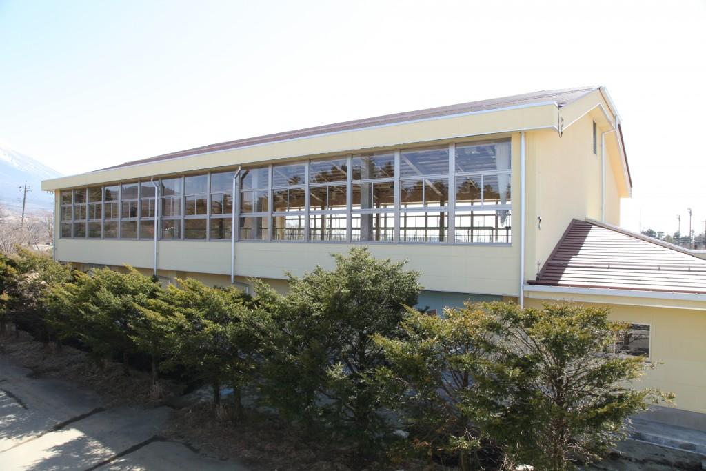 富士河口湖町豊茂小学校体育館